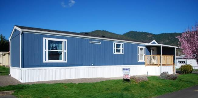 manufactured home for sale at 2325 nw highland ave grants pass oregon
