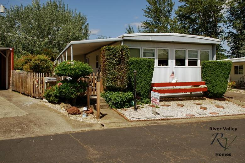 manufactured home for sale at royal oaks mobile manor medford oregon